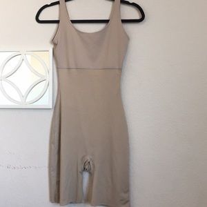 Spanx Full Body Suit Mid Thigh Short Shaper M Nude